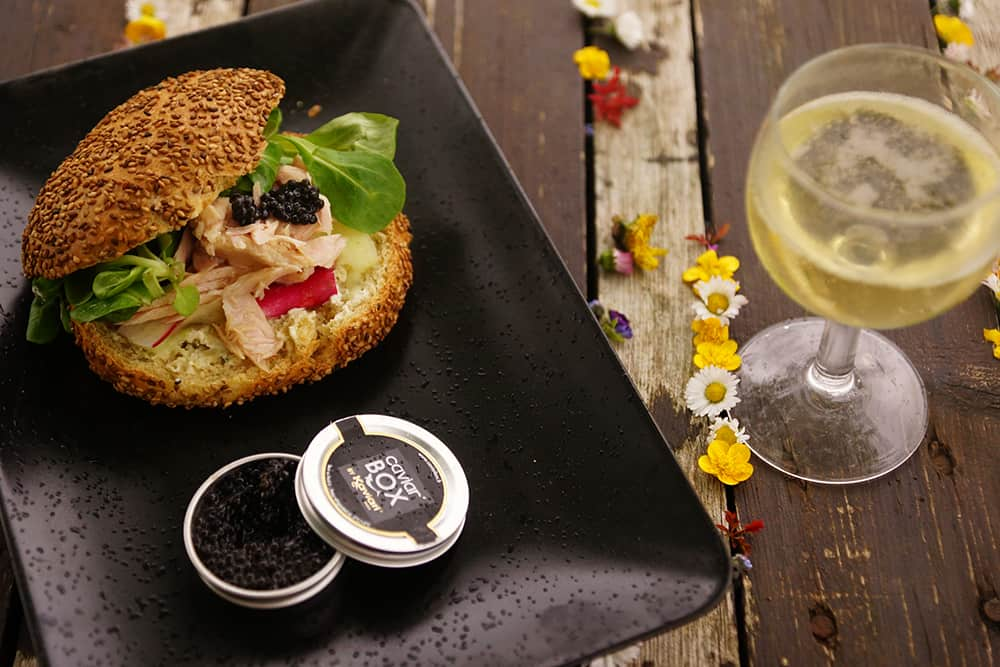 caviar box 8