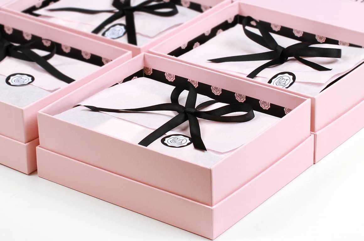 la petite histoire des box par abonnement toutes les box. Black Bedroom Furniture Sets. Home Design Ideas