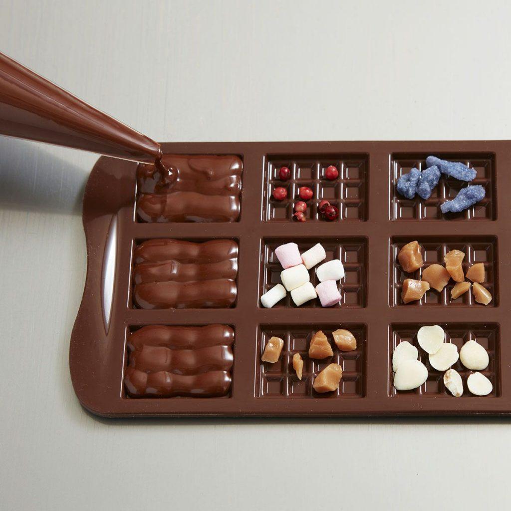 Offrir un atelier pour faire du chocolat