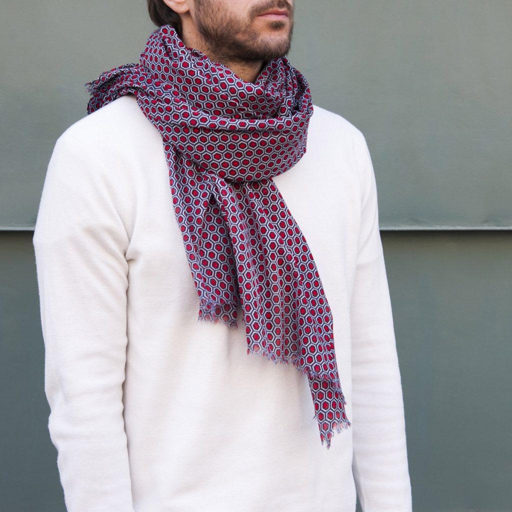 Un beau foulard pour les dandy