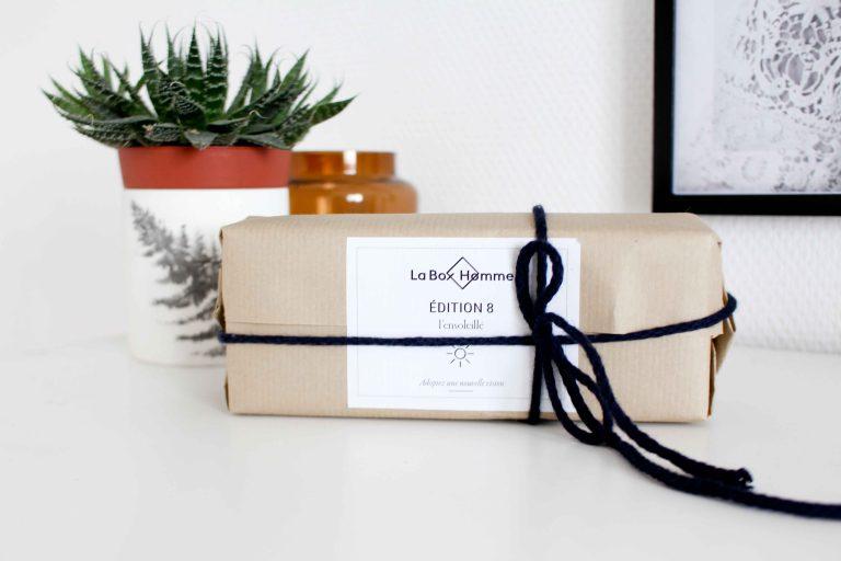 Tous les mois, l équipe de LaBoxHomme by Emma   Chloé, déniche pour vous un  créateur français. Et vous livre pour 35 euros seulement un accessoire mode  et ... 275f3878e6f3