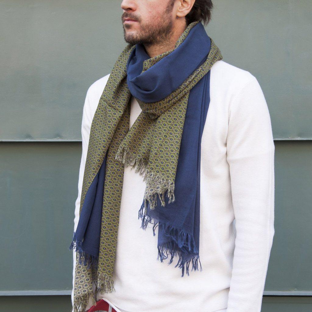 Un foulard pour être le parfait dandy