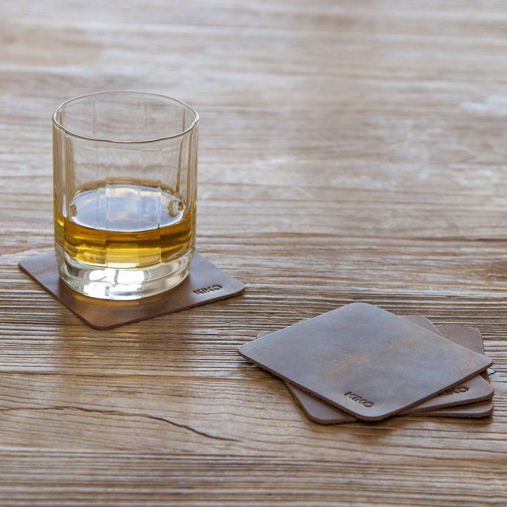 Sous verres à whisky en cuir