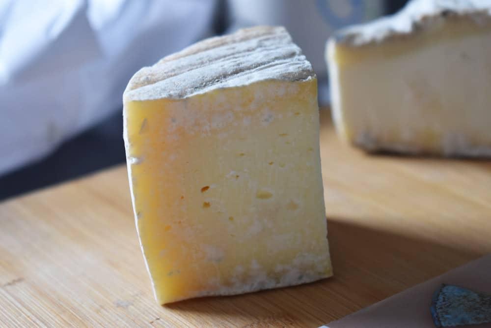 Les-nouveaux-fromagers-tomette-des-consuls