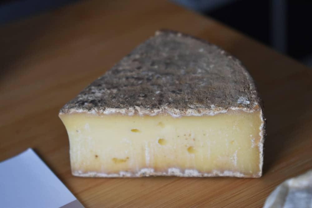 Les-nouveaux-fromagers-la-tome-des-bauges