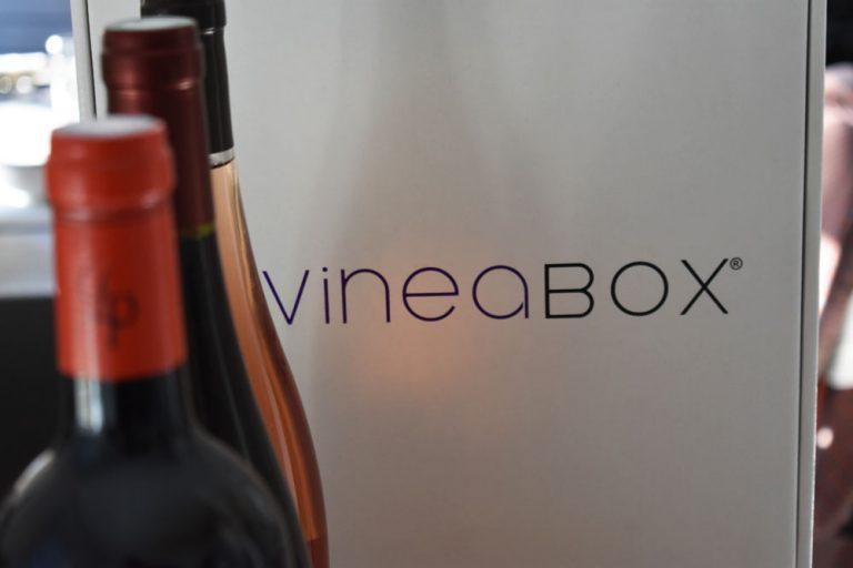 Vine-a-box-une