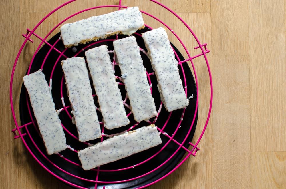 Boite à pâtisser de juin 2018: fingers framboise et pistache
