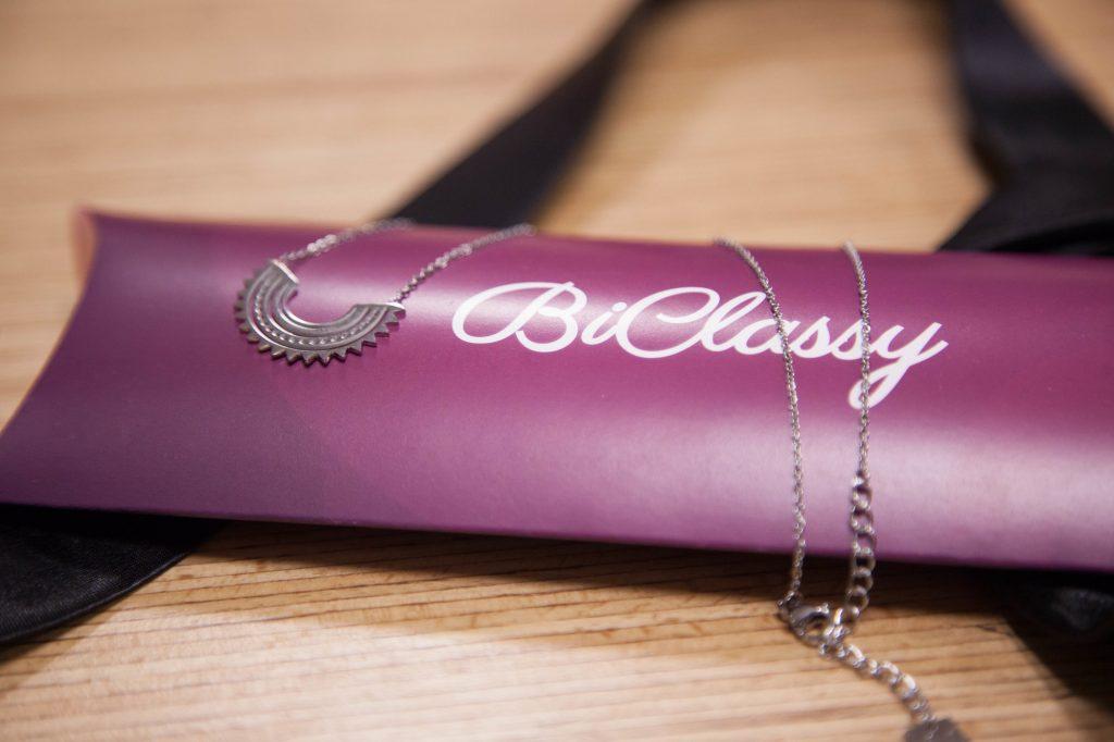 biclassy collier
