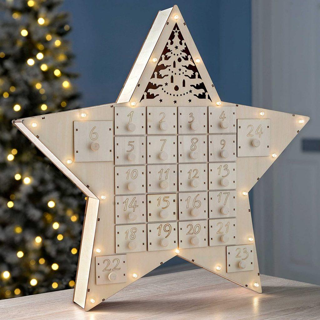 Le calendrier de l'Avent étoile en bois