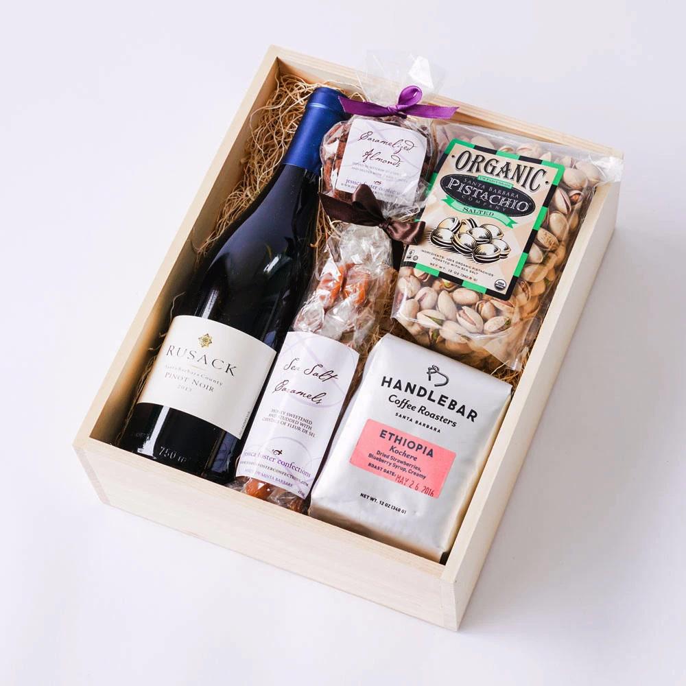 Une Box cadeau avec une bouteille de vin