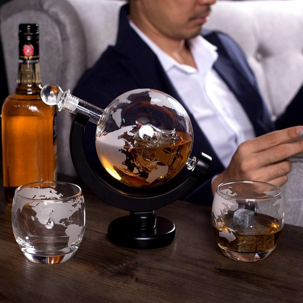Coffret cadeau Harrison's Finest avec carafe à whisky et verres gravés