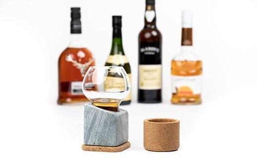 Rafraîchisseur de spiritueux : un coffret cadeau idéal pour maintenir votre whisky au frais